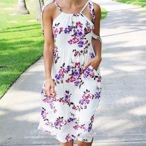 Dresses & Skirts - Elise Midi Dress